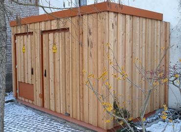Holzverschalte Trafostation für die Stadtwerke Cadolzburg